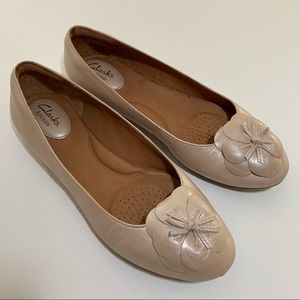 Clarks Artisan Leather Flats
